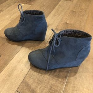 City Classified Gray booties.  Size 7. Never worn.